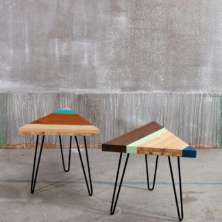 Table de chevet en bois design sur pieds épingles